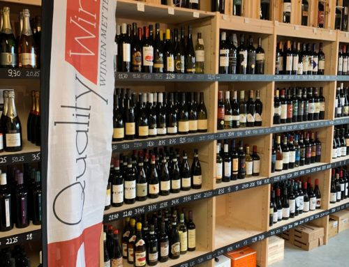 Beachflag Quality Wines Veurne